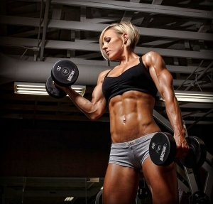Jessie Hilgenberg - female personal trainer - women fitness model